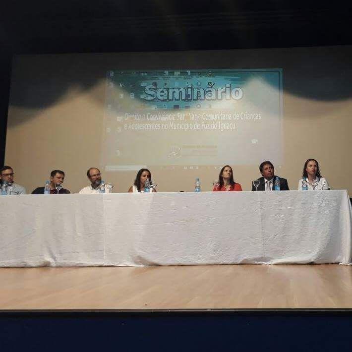 Seminário de Direito à Convivência Familiar e Comunitária em Foz do Iguaçu